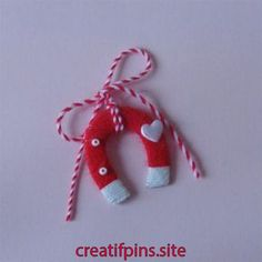 Diy Crafts For Gifts, Homemade Crafts, Yarn Crafts, Paper Crafts, Diy For Kids, Crafts For Kids, Arts And Crafts, Valentine Day Crafts, Valentines
