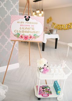 Floral Minnie Mouse Birthday Party Sign from PartyMonkey on Etsy Minnie Mouse 1st Birthday, Girl 2nd Birthday, 2nd Birthday Parties, Mickey Mouse, Birthday Ideas, Birthday Signs, 50th Birthday, Birthday Wishes, Minnie Mouse Party Decorations
