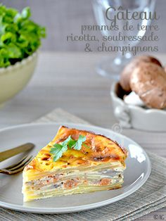 Potato cake with ricotta, soubressade & mushrooms No Salt Recipes, Vegetable Recipes, Vegetarian Recipes, Cooking Recipes, Bistro Food, Elegant Appetizers, Savory Tart, Potato Cakes, Ricotta