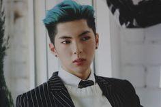 kpop scans: Ji An ( Imfact ) - Lollipop + group card with autographs