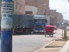 Camiones obstruyen calle Las Palmeras en Chiclayo