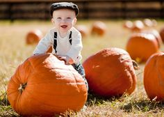 love the composition/lighting - want to do this for some friends!! Everyone needs pumpkin patch pics!