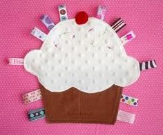 cupcake taggie
