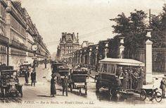 La rue de Rivoli vers 1900 - Paris 1er Paris 1900, Old Paris, Vintage Paris, Paris Rue, Tour Eiffel, French History, Paris Ville, I Love Paris, Paris Photos