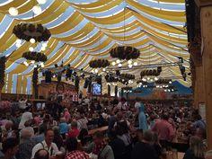 Vrijdag nog bij volksfeest in #Stuttgart. Vanmiddag ons eigen volksfeest! Huldiging jubilarissen schutterij EMM Ooy #Zevenaar. Zondag 28 september 2014. Via twitter @anjavannorel