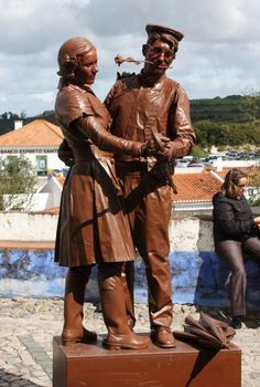 Life sized chocolate statues.  What a beautiful looking couple!