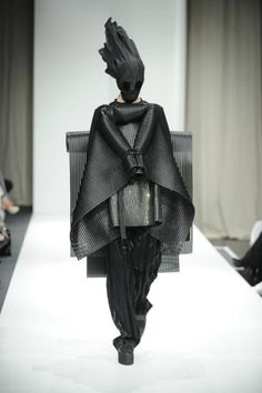 Peter-Movrin-5 | haute macabre | high fashion | goth | editorial | dark fashion | runway | catwalk
