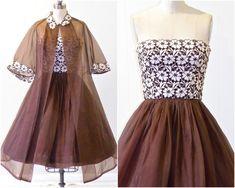 años 50 vestido de baile & plumero