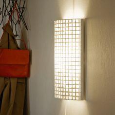 Lumi M Irina Pått Design käsintehty seinävalaisin valmistettu paperista Scandinavia Design, Layout, Applique, Table Lamp, Lighting, Wall, Home Decor, Eggs, Table Lamps