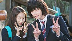 "Park Shin Hye & Lee Jong Seok Getting Along Behind The Scenes Of ""Pinocchio"""