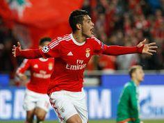 Benfica Glorioso: ÁGUIA VOA ALTO EM VILA DO CONDE Rio Ave-SL Benfica, 0-1