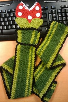 Mario Piranha Plant Scarf -- I must make one of these for my hunny!