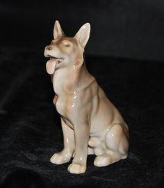 Bing & Grondahl /Royal Copenhagen Dog Figurine - German Shepard # 2197-MINT #BingGrondahl