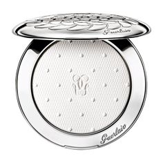 Guerlain's limited edition of the compact powder Météorites Voyage Enchanté delivers an amazing mattifying and embellishing result. Météorites dresses up in attire as pure and icy as winter itself. It opens to reveal a white powder beautifully adorned with a Swiss dot motif and instantly blurs the appearance of small imperfections. This new light and silky compact powder is applied over foundation to set it while ensuring a sheer weightless finish. With its clever soft focus effect, it ...