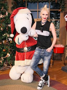 Star Tracks: Tuesday, December 2, 2014   Tis the Season    Gwen Stefani hangs with that other Snoop dog, Snoopy, at Knott's Berry Farm on Friday.