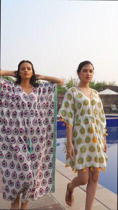 Kaftan Designs, Blouse Designs, Clothes For Summer, Clothes For Women, Modern Fashion, Trendy Fashion, Kurti Sleeves Design, Kaftan Tops, Cotton Kaftan