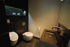 Philippe Starck Wastafel : Una toilette hi tech realizzata da philippe starck per duravit. http