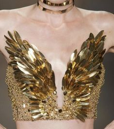 Couture Fashion, Runway Fashion, High Fashion, Fashion Outfits, Womens Fashion, Mode Costume, Metal Clay Jewelry, Costume Design, Wearable Art
