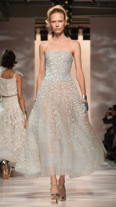Georges Chakra Haute Couture Spring/Summer 2015 via @stylelist | http://aol.it/1HXEMeB