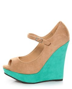 Loovvvveeee these nude with turquoise shoes. Definitely a statement piece and fabulous find