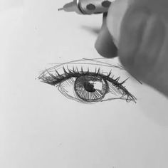 Efraín Malo is a Spanish sketch artist. In his works he makes pencil sketch and gives life to drawings. Pencil Art Drawings, Realistic Drawings, Art Drawings Sketches, Cool Drawings, Disney Drawings, Realistic Eye, Graphite Drawings, Drawing Faces, Sketch Drawing