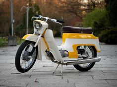 Retro Scooter, Moped Scooter, Vespa, Scooters, Moto Jawa, Cycling Bikes, Cars And Motorcycles, Motorbikes, Bicycle