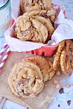 Butterscotch Chocolate Pretzel Pudding Cookies