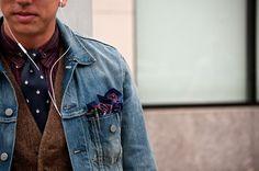 burgundy plaid, navy patterned tie, brown tweed vest, denim jacket, pocket square! THIS IS WIN
