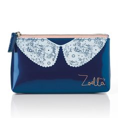 Zoella Beauty Lace Collar Purse so easy to put little handbag essentials in :) Eyebrow Makeup Tips Beauty Vanity Case, Beauty Case, Zoella Beauty Range, Britney Spears, Zoella Lifestyle, Youtuber Merch, Youtubers, Cosmetic Pouch, Makeup Case