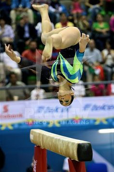 Daniele Hypólito durante prova de gina´stica artistica va´lida pelas finais nos Jogos Pan-Americanos de Guadalajara 2011