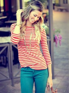 stripes / long necklace / bright jeans