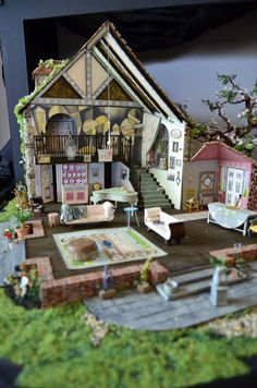 HAY FEVER set model by Janet Bird. Photo by Chris Axelson