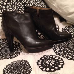 Joan & David Booties Gorgeous Black leather size 6 Joan & David, great with skirts or leggings!! Joan & David Shoes Ankle Boots & Booties