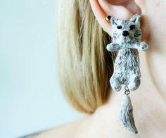 Fake Piercings - Ohrringe Wolf, fake gauge plug piercings - ein Designerstück von SchmuckundSpass bei DaWanda