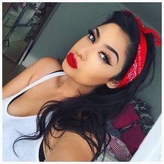 A mix of pin up girl & chola makeup look  ❤️ Lips: #anastasiabeverlyhills 'sarafine' liquid lipstick ❤️ lashes: #hudabeauty 'scarlett' ❤️ Eyeliner: maybelline eyestudio gel eyeliner in black ❤️ Brows: ABH dipbrow pomade 'medium brown' ❤️ Foundation: loreal pro matte infallible shade 107 ❤️Contour: ABH contour kit in shades 'fawn' & 'havana'