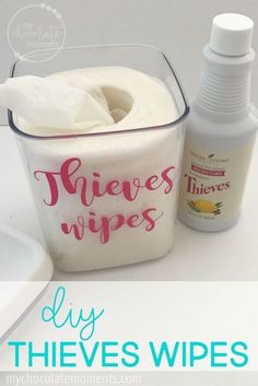 DIY Thieves wipes | essential oils | essential oil DIY | natural cleaning | nontoxic cleaning