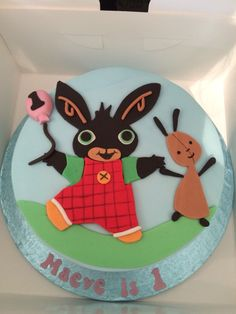 Bing Bunny Birthday Cake for my Daughters birthday. Courtesy of Divine Party Cakes x Bunny Birthday Cake, Toddler Birthday Cakes, Cupcake Birthday Cake, 2nd Birthday, Birthday Ideas, Birthday Parties, Coelho Bing, Bing Cake, Types Of Birthday Cakes