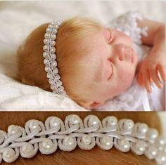 tiara branca bebê