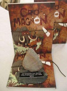 Cro-Magnon, de Muriel Zürcher, aux éditions Graine2, Prix du livre préhistorique à la Grande Fête de la Préhistoire de la Chapelle-aux-Saints ! Cro Magnon, Muriel, Work Project, Chapelle, Art History, Centre, Saints, Blog, Ideas