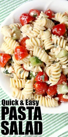 Quick and easy Pasta Salad recipe with Italian dressing! I get SO many compliments on this pasta salad and you won't believe how easy it is! Great for BBQs and parties and to feed a crowd! Can aldo add shrimp or chicken for a heartier dish or main dish. Healthy Pasta Salad, Best Pasta Salad, Easy Pasta Salad Recipe, Summer Pasta Salad, Easy Salad Recipes, Italian Dressing Pasta Salad, Salad Dressing Recipes, Italian Pasta, Italian Salad