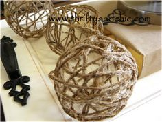 DIY Jute balls with fabric stiffener and a balloon. Cost only a of the price they put on them in stores! - for tony's house Diy Projects To Try, Crafts To Make, Craft Projects, Arts And Crafts, Craft Ideas, Burlap Projects, House Projects, Diy Ideas, Primitive Crafts