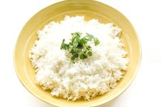 Easy Coconut Rice: Amazing, aromatic coconut flavours emanates from this perfect, easy coconut rice, making it the perfect side dish to almost all Thai and South Asian dishes   aheadofthyme.com