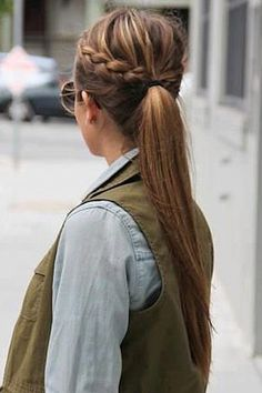 Must-Try Fall Hairstyles From Pinterest | StyleCaster http://stylecaster.com/beauty/fall-pinterest-hairstyles/?dm2sc=1&_a5y_p=1087457