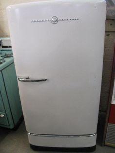 vintage items   Vintage 1950s GE Refrigerator For Sale   Antiques ...