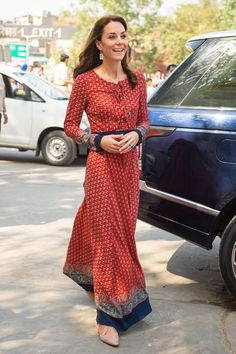 """Der """"Kate""""-Effekt in Indien - Warum jetzt alle dieses Kleid wollen"""
