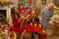 Prince George's First Christmas (PICTURES)