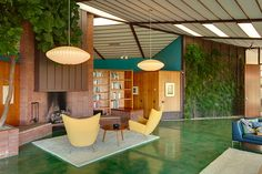 Rodney Walker's residence, completed in 1959.  Worth clicking through for more stunning images.