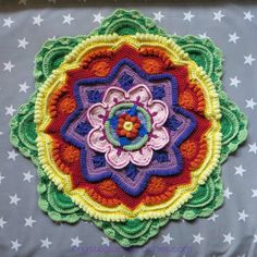 Pt 5 Mandala Madness CAL 2016 by Crystals and Crochet aka Helen Shrimpton, PDF photo tutorial download here http://www.crystalsandcrochet.com/wp-content/uploads/2016/04/mandala-madness-part-5-photo-tutorial.pdf