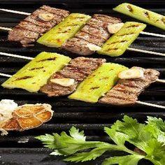 Recept: Jehněčí s červeným pepřem   iGurmet.cz Grill Pan, Grilling, Beef, Kitchen, Food, Image, Griddle Pan, Meat, Cooking
