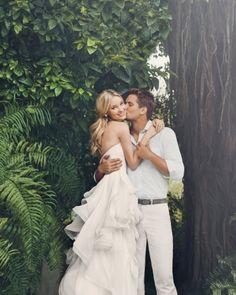 Beach wedding hair ideas (for Rachel) Perfect Wedding, Dream Wedding, Wedding Day, Casual Wedding, Wedding Attire, Wedding Poses, Wedding Engagement, People Fall In Love, Martha Stewart Weddings